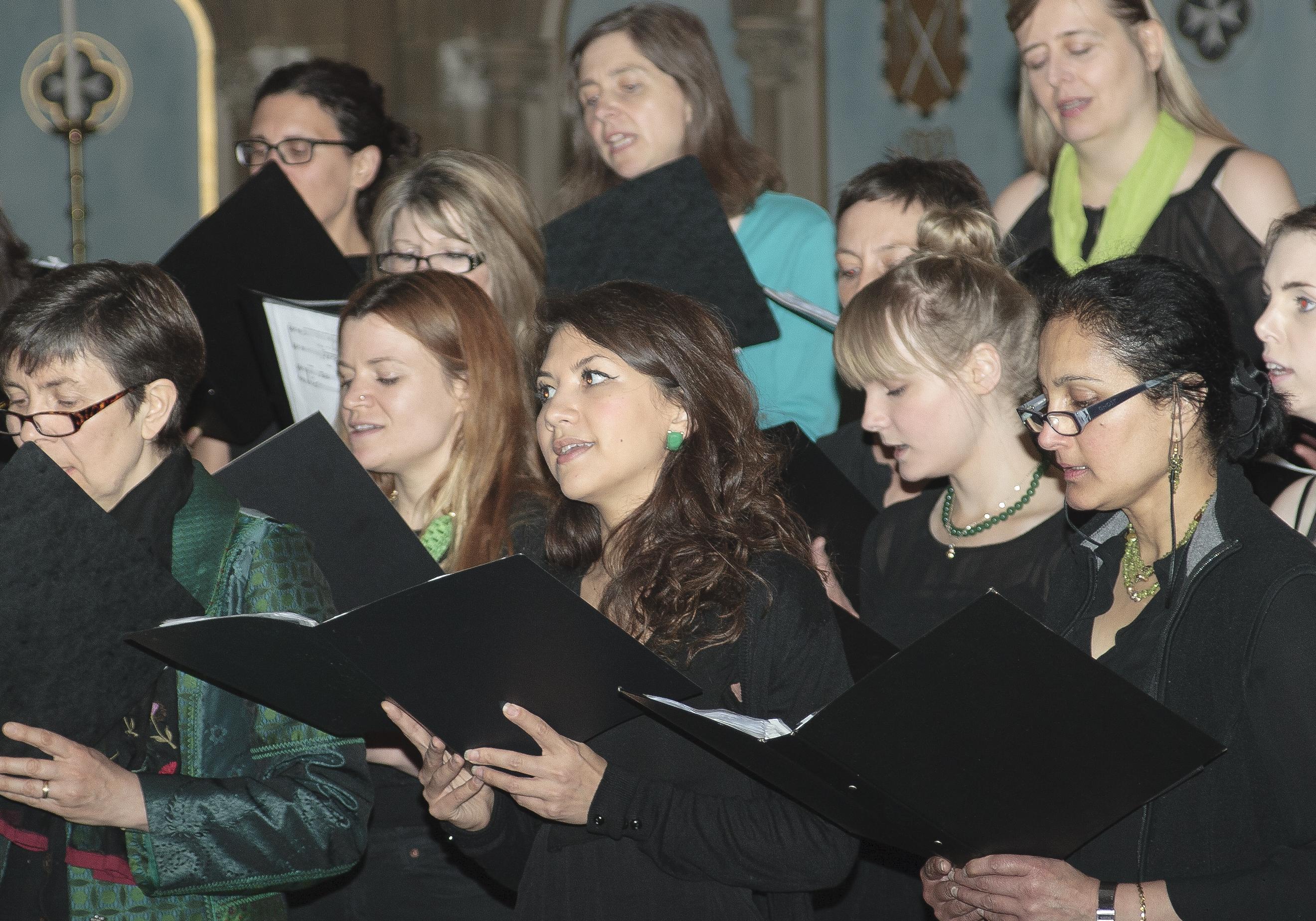 Join the choir at the Royal Inn – December 8th